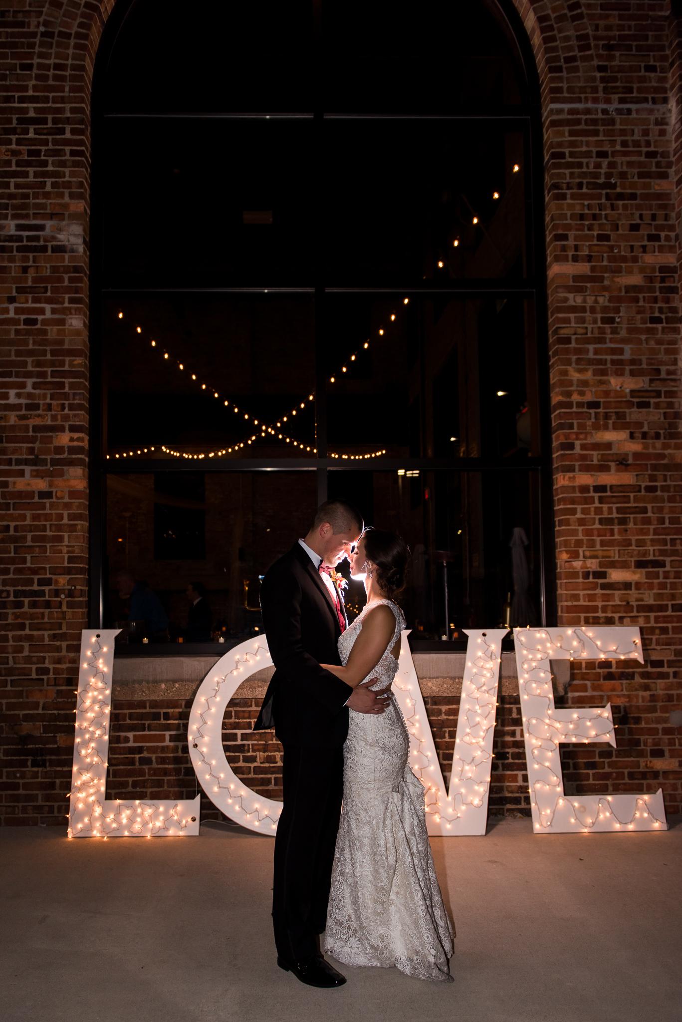 The-Millbottom-Jefferson-City-Missouri-Wedding-Details-Gold-and-Marsala-Wedding-Capitol-Bride-and-Groom-Portraits